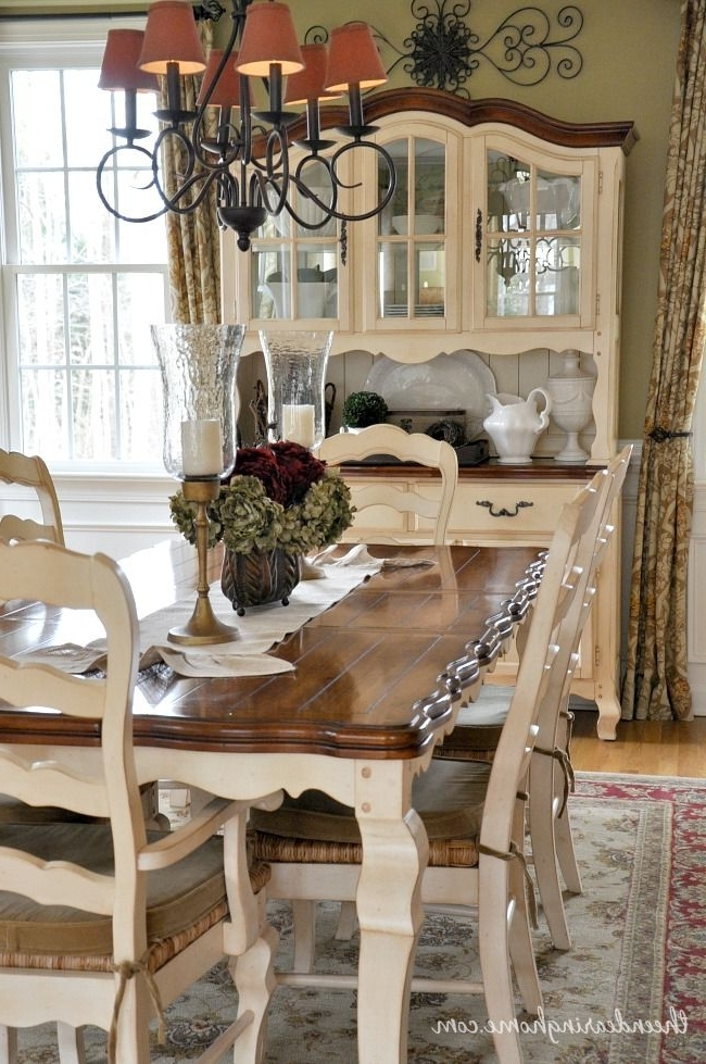 Country Dining Tables In Fashionable Dining Room Updates (View 9 of 20)