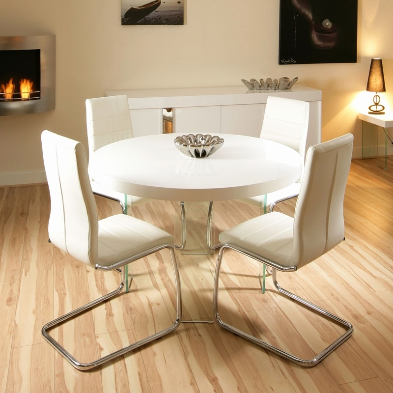 Cream Gloss Dining Table And Chairs Luxury Interior Small Round Regarding Popular Cream Gloss Dining Tables And Chairs (View 16 of 20)