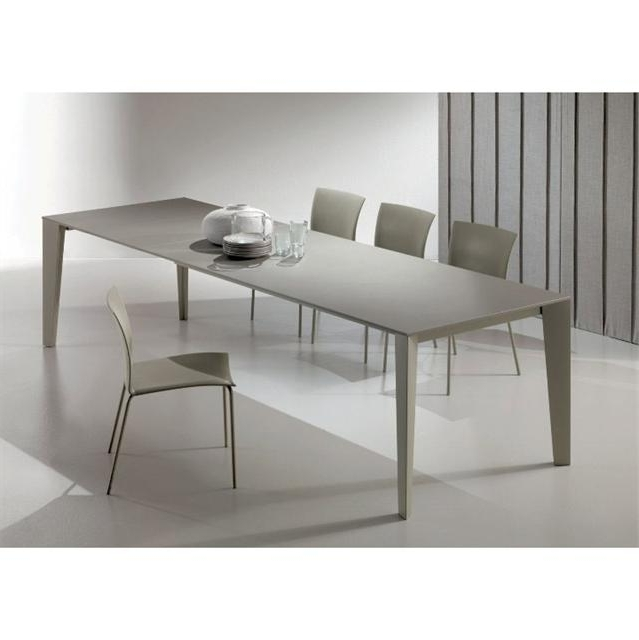 Cruz Modern Extending Dining Table Pertaining To Famous Contemporary Extending Dining Tables (View 9 of 20)