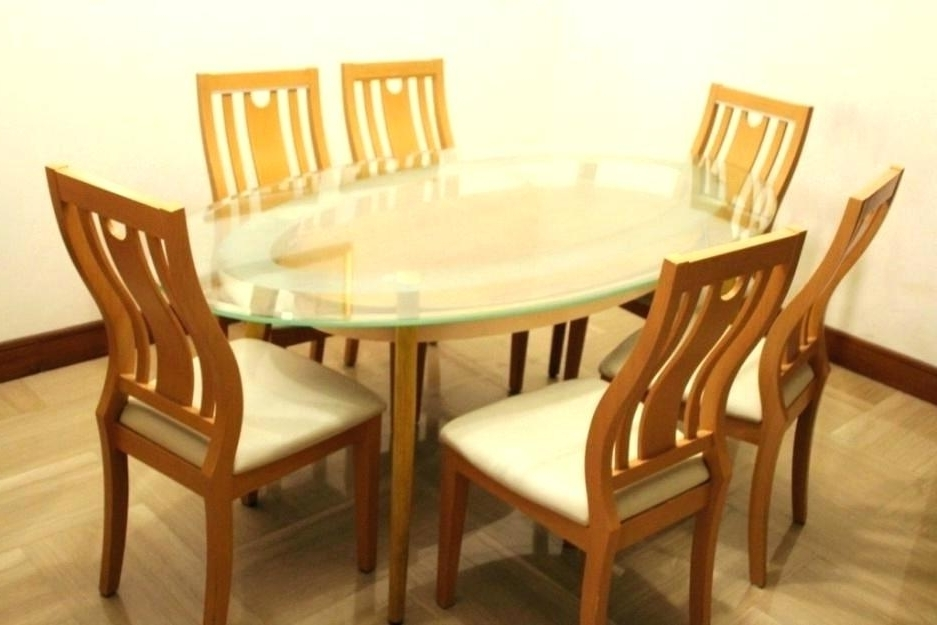 Current 6 Seat Round Dining Tables Throughout Round Dining Table For 6 – Pizzaitaliana (View 10 of 20)