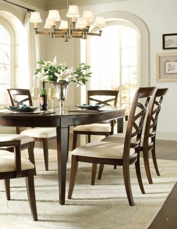 Discontinued Universal Dining Room Furniture Best Of Discontinued For 2017 Universal Dining Tables (View 2 of 20)