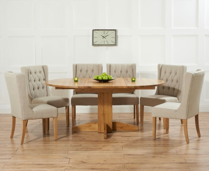 Dorchester 120Cm Solid Oak Round Extending Dining Table With Safia Intended For Newest Extendable Dining Table Sets (Gallery 10 of 20)