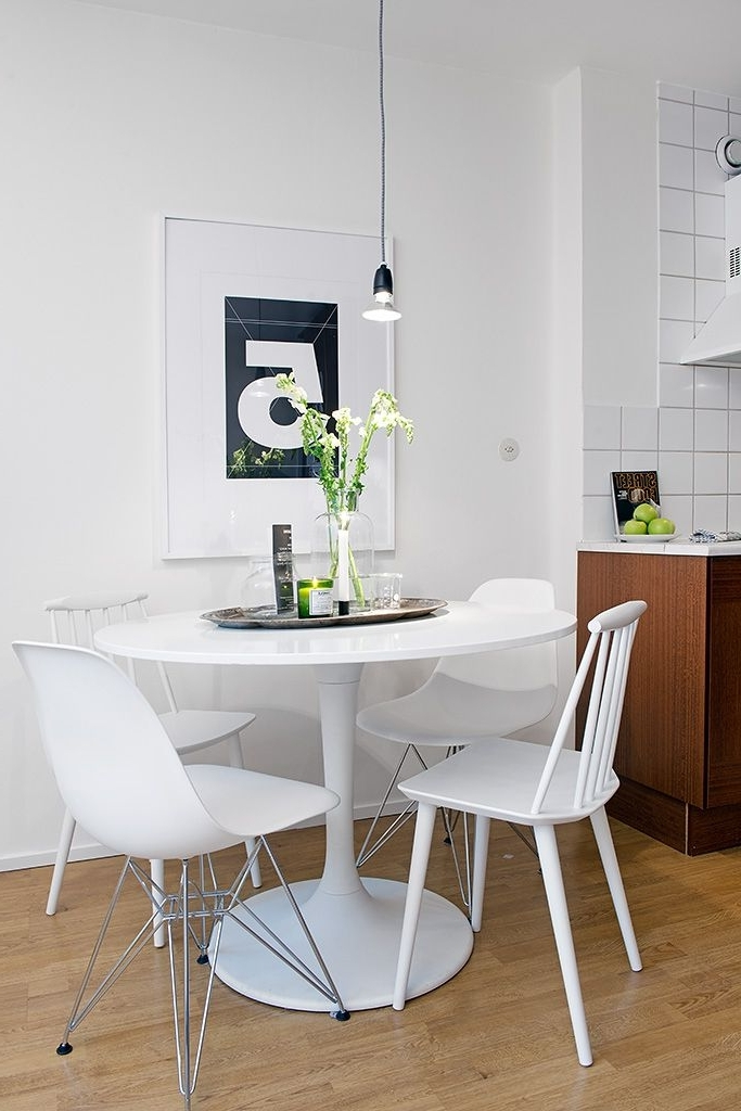 Eenig & Kitchen Within Small Round White Dining Tables (View 5 of 20)