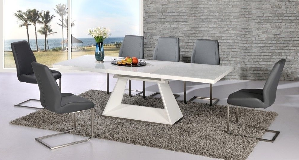 Extending Glass Dining Tables And 8 Chairs Intended For Widely Used White High Gloss Extending Dining Table And 8 Grey Chairs Set With (View 7 of 20)