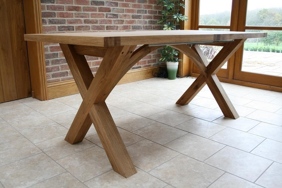 Extending Oak Dining Tables Pertaining To Current Cross Leg Dining Tables (View 7 of 20)