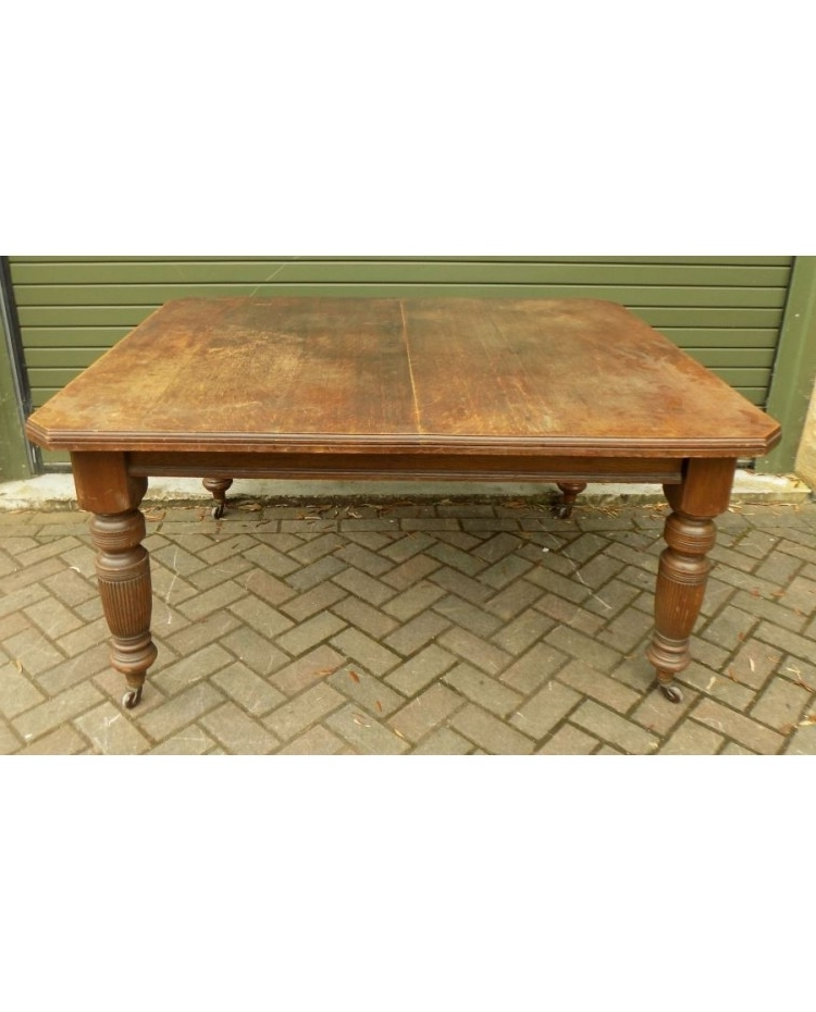 Extending Oak Dining Tables Pertaining To Widely Used Late Victorian Extending Oak Dining Table (View 8 of 20)