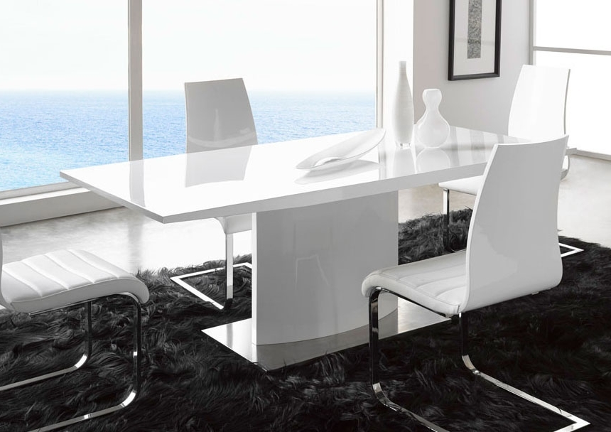 Extremely Contemporary White Lacquered Dining Table With Heavy Base Intended For Current Contemporary Base Dining Tables (Gallery 17 of 20)