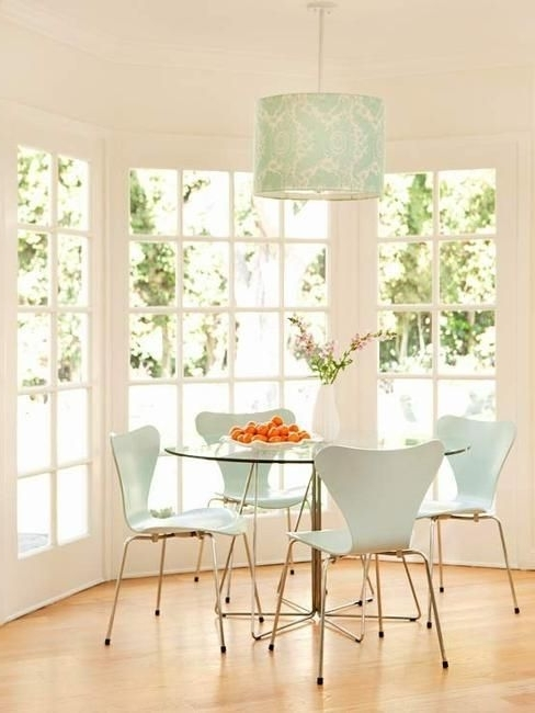 Famous 10 Great Tips And 25 Modern Dining Room Decorating Ideas (View 5 of 20)