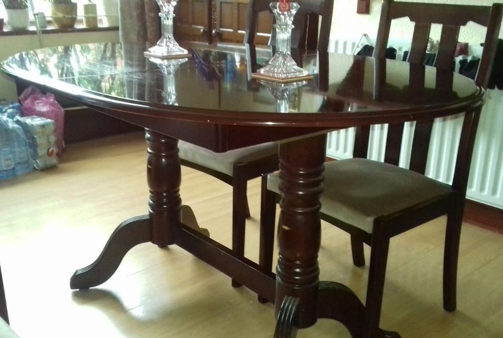 Famous Mahogany Dining Tables And 4 Chairs With Regard To Extending Mahogany Dining Table And 4 Chairs, Good Condition (View 3 of 20)