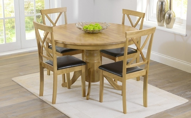 Fashionable Circular Oak Dining Tables In Oak Dining Table Sets (View 9 of 20)
