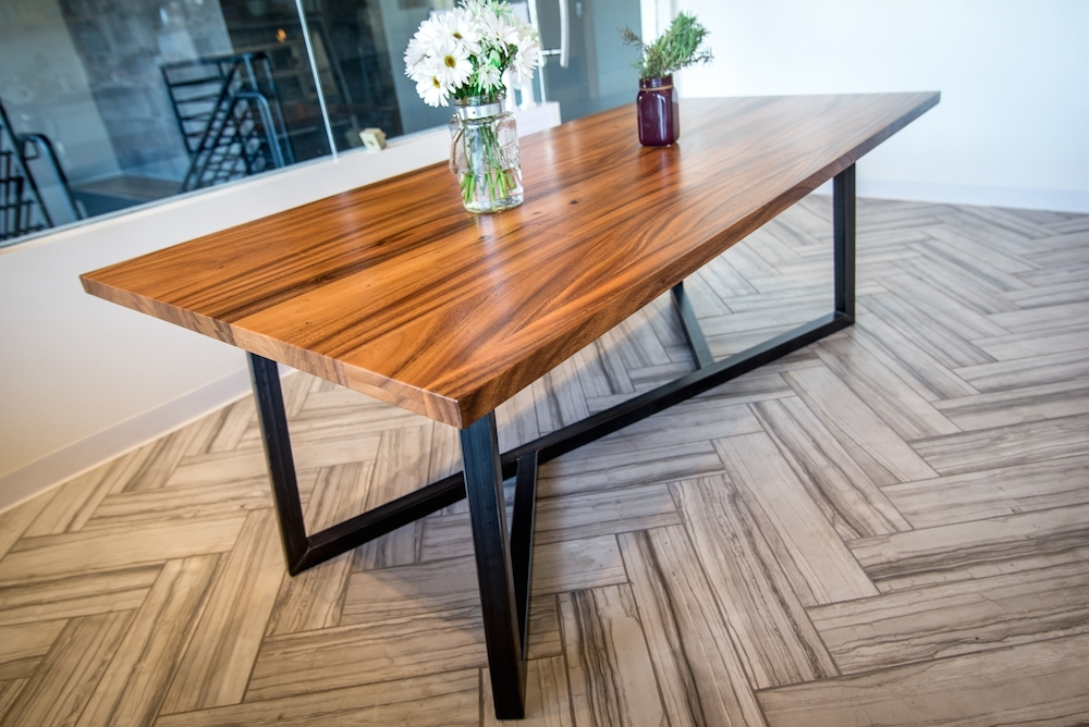 Fashionable Dining Tables With Metal Legs Wood Top With Regard To Monkeypod Table With Metal Base (View 4 of 20)