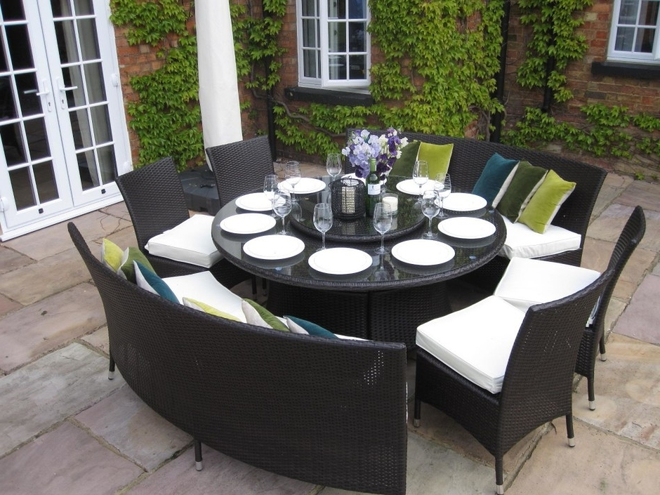 Fashionable Garden Dining Tables And Chairs With Dining Room Small Garden Furniture Sets Round Table Garden Furniture (View 13 of 20)