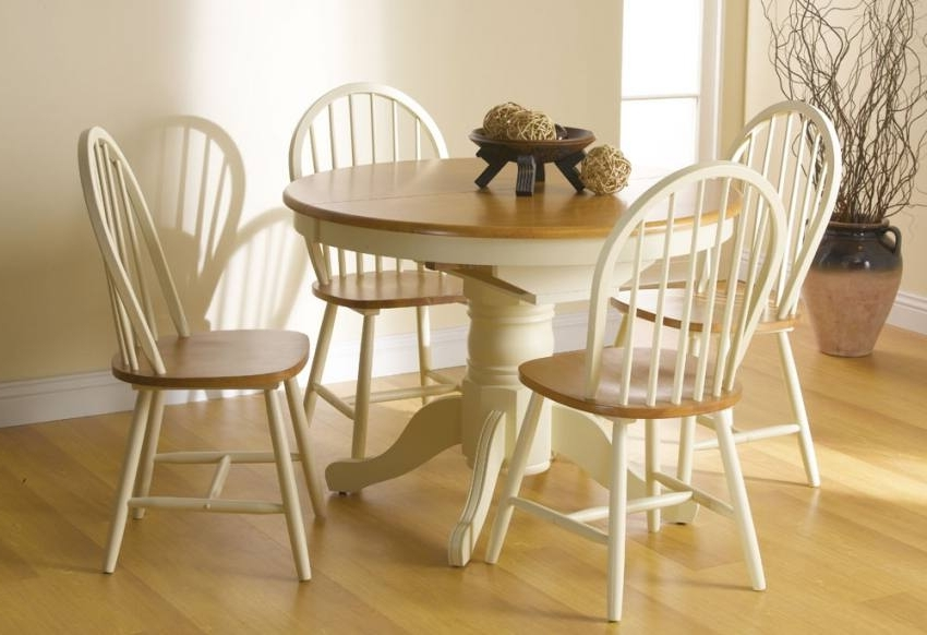 Fashionable Vida Living – Cotswold Extending Dining Table With 4 Or 6 Windsor Inside Cotswold Dining Tables (View 12 of 20)