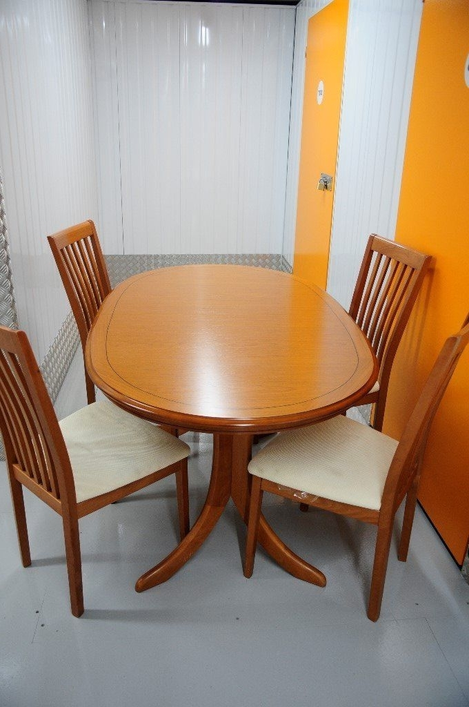Glasgow Dining Sets Within Latest Beautiful Vintage Windsor Extending Dining Table And Four Chairs (Gallery 11 of 20)