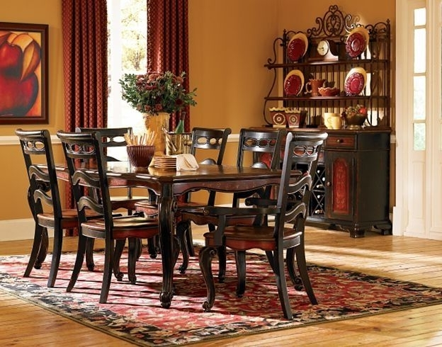 Havertys Inside Bale 7 Piece Dining Sets With Dom Side Chairs (View 12 of 20)