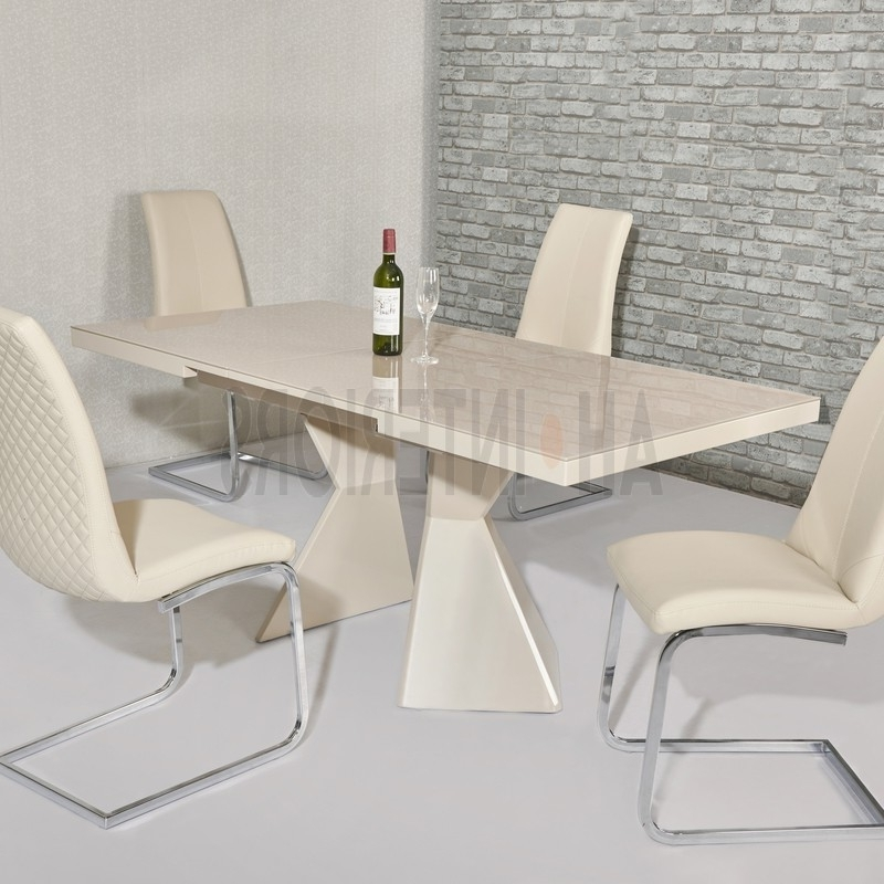 High Gloss Cream Dining Tables Intended For Most Current Edge High Gloss & Glass 1.4 1.7M Extending Dining Table (Various (Gallery 14 of 20)