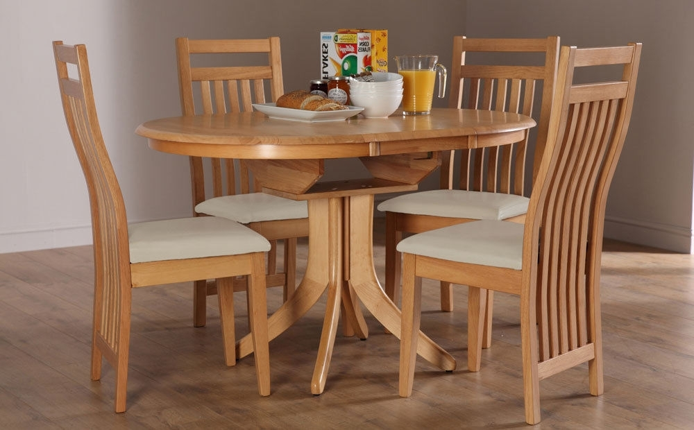 Hudson Bali Round Extending Oak Dining Table And 4 6, Oak Extending With Most Up To Date Extendable Oak Dining Tables And Chairs (Gallery 11 of 20)
