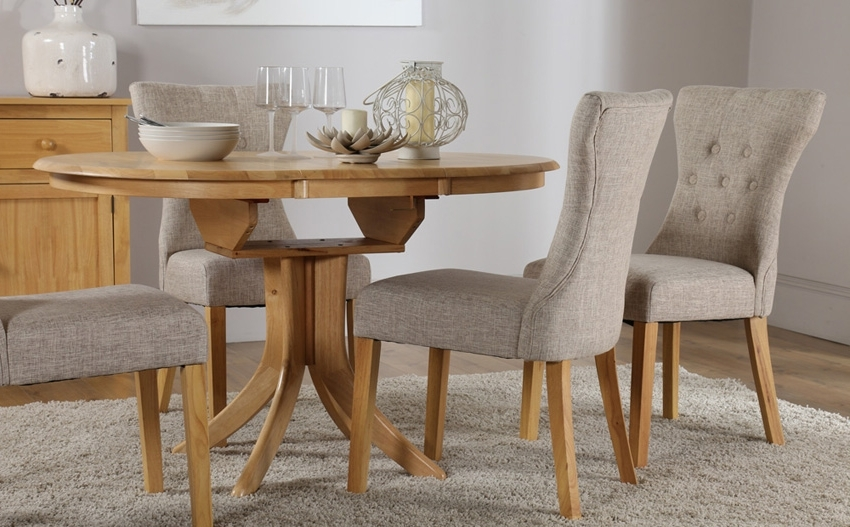Hudson Dining Tables And Chairs Inside Famous 10 Table & Chair Sets For Your Dining Space – Housely (View 10 of 20)