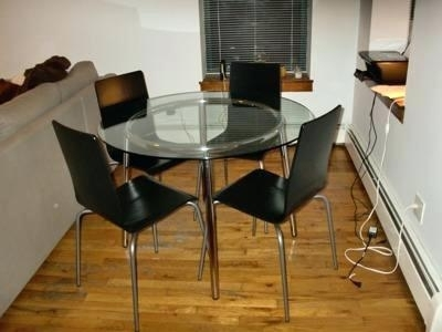 Ikea Round Glass Top Dining Tables (Gallery 5 of 20)