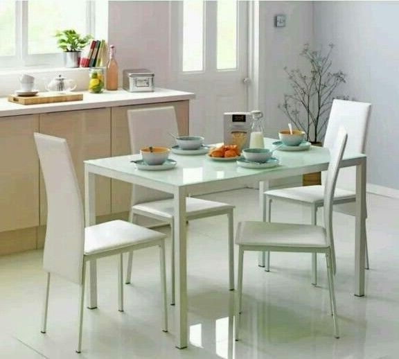 In In Current Glass Dining Tables White Chairs (Gallery 11 of 20)