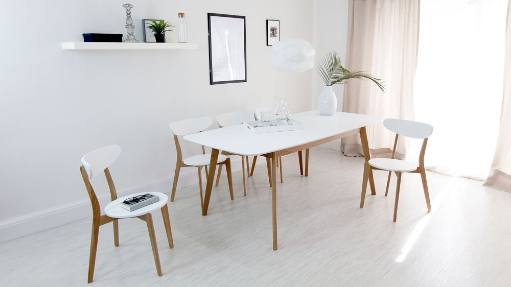 Intended For Newest Oak Extending Dining Tables And 4 Chairs (View 8 of 20)