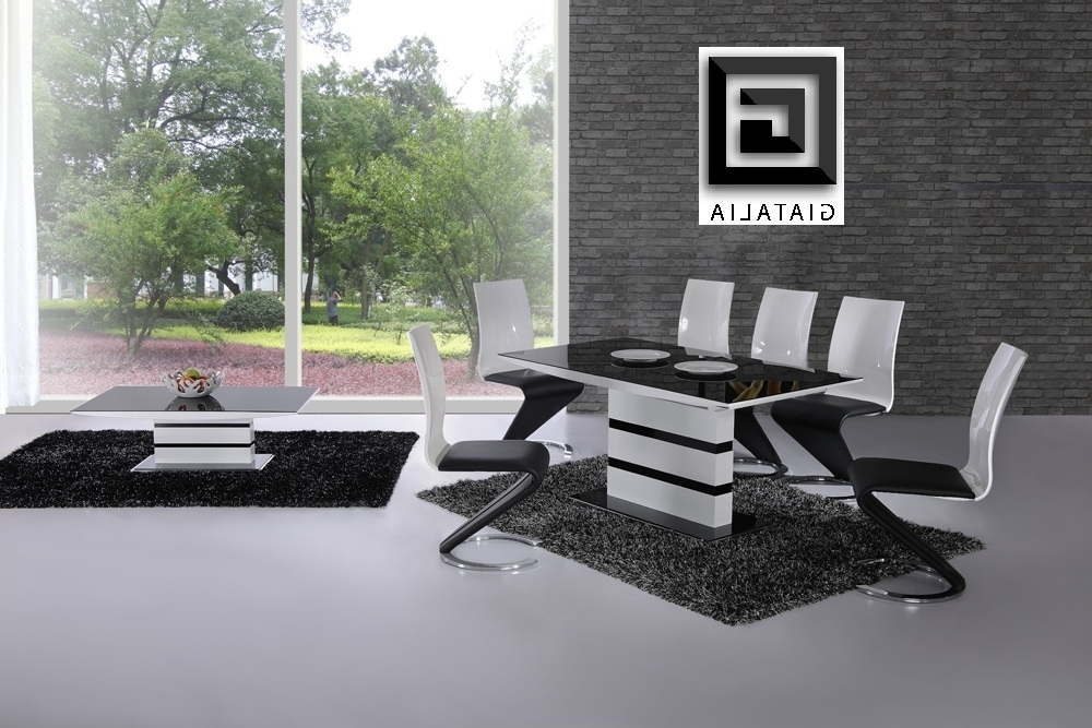 K2 White & Black Glass Designer Extending Dining Table Only Or With With Recent Black Glass Extending Dining Tables 6 Chairs (View 12 of 20)