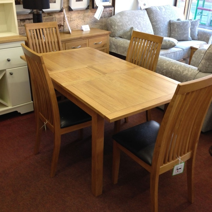 Latest Oak Extending Dining Tables And 4 Chairs In Wharfdale Extending Oak Dining Table With 4 Chairs – Flintshire (View 10 of 20)