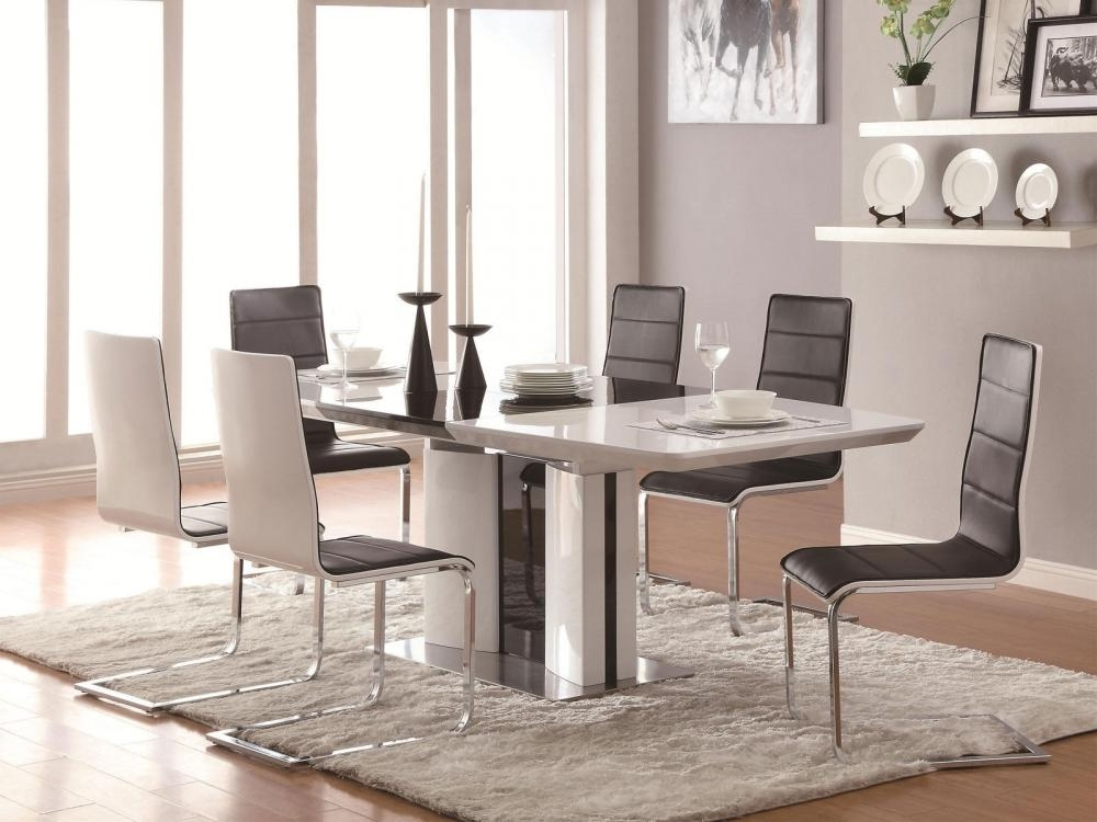 Latest Shiny White Dining Tables With Regard To Gloria 5 Pieces Modern White Rectangular Dining Room Furniture Table (Gallery 7 of 20)