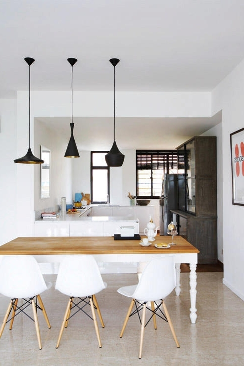 Lights For Dining Tables Intended For Well Known 10 Perfect Pairings – Pendant Lamps And Dining Tables (View 12 of 20)
