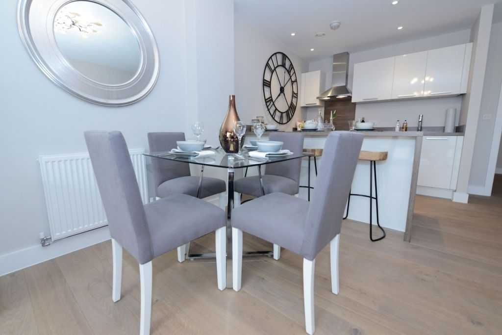 Magnolia Home English Country Oval Dining Tables Regarding Widely Used Bristol Dining Table Elegant Show Home Dining Area At Water S Edge (View 9 of 20)