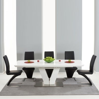 Malta High Gloss Extending Dining Table With 6 Harvey Black Chairs In Newest High Gloss Extending Dining Tables (View 13 of 20)