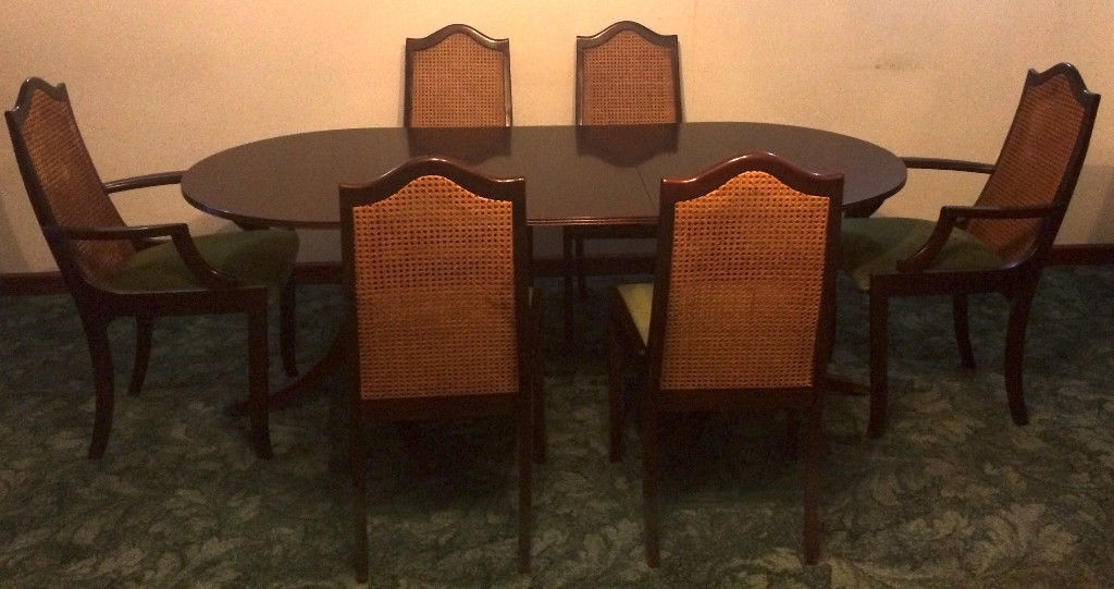 Meredew Mahogany Table 6 Matching Chairs Dark Wood Extendable Dining Within Favorite Extendable Dining Table And 6 Chairs (View 12 of 20)