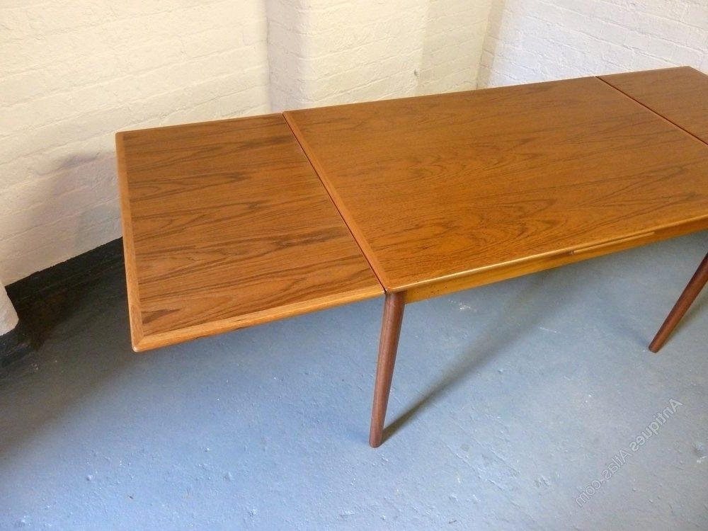Mid Century Extending Dining Table Mid Century Modern Extending Regarding 2017 Retro Extending Dining Tables (View 7 of 20)