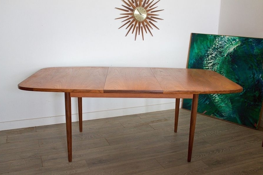 Mid Century Retro Danish Style G Plan Teak Extending Dining Table Regarding Fashionable Retro Extending Dining Tables (View 8 of 20)