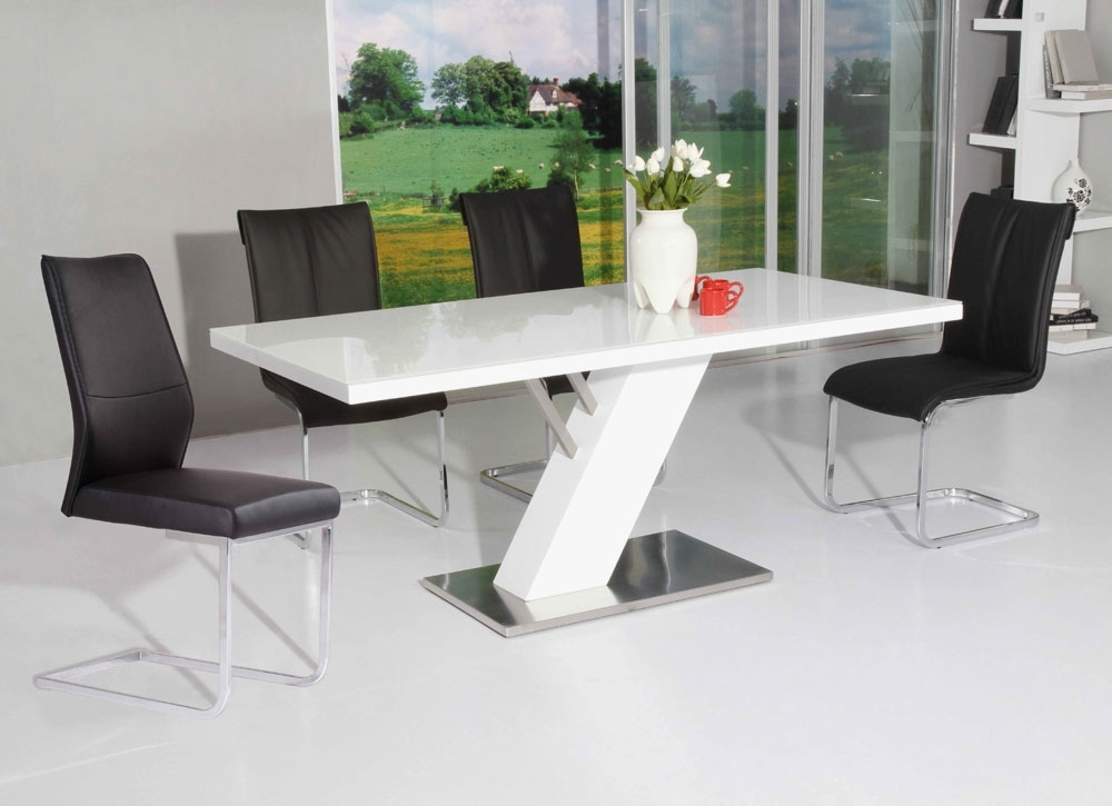 Modern Dining For Trendy Modern Dining Tables (View 9 of 20)