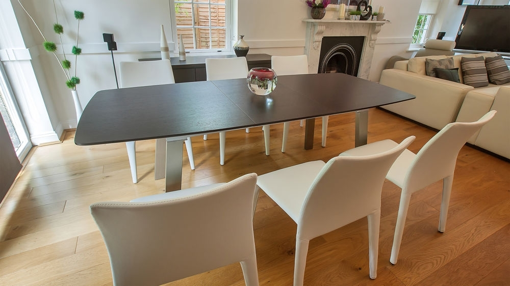 Modern Extending Dark Wood Dining Table And Brightly Coloured Chairs In Well Liked Dark Wood Dining Tables 6 Chairs (View 11 of 20)