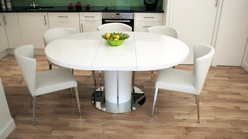 Modern Round White Gloss Extending Dining Table And Chairs Within Well Known Extendable Dining Tables And 6 Chairs (View 5 of 20)