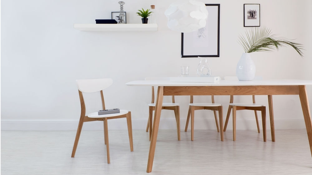 Modern White And Oak Extending Dining Set (View 7 of 20)