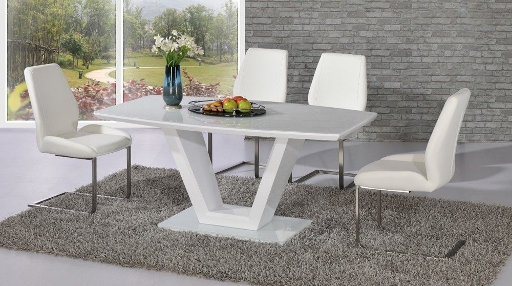 Modern White High Gloss Glass Dining Table And 6 Chairs With 2018 White Dining Tables With 6 Chairs (View 13 of 20)