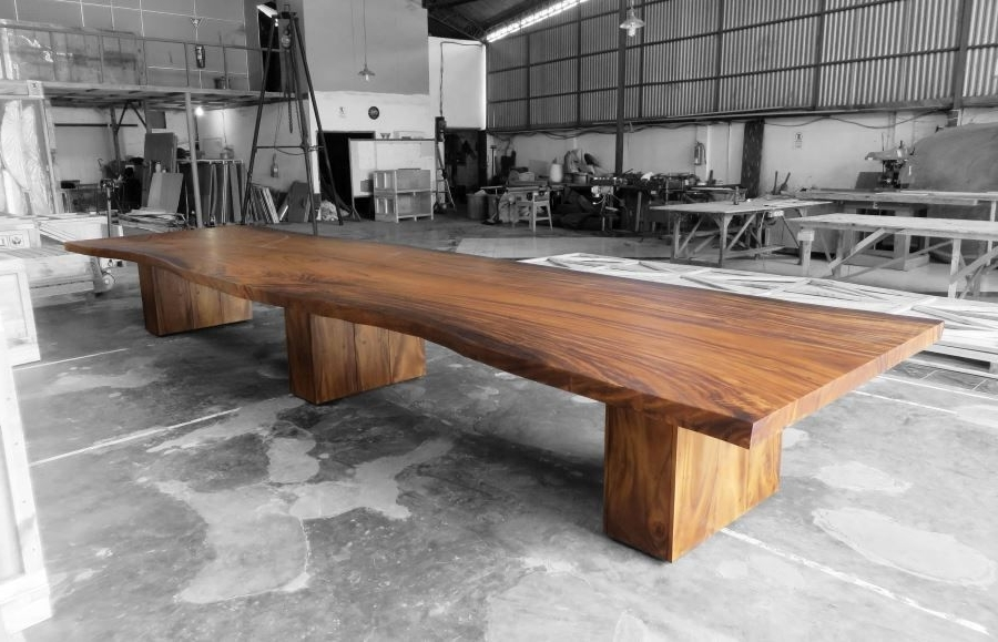 Most Current Artisanal Dining Tables With Dining Table San Juan Ventures – Bespoke Design And Artisanal Luxury (View 15 of 20)