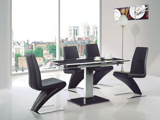 Most Current Enke Glass Extending Dining Table With 4 Z Chairs Black Throughout Black Extending Dining Tables (View 4 of 20)