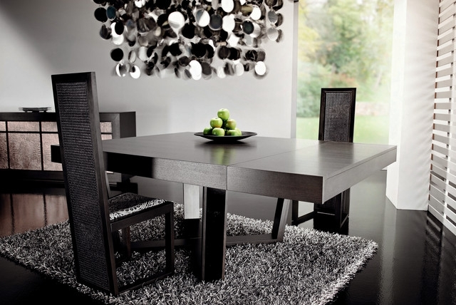 Most Popular Dark Dining Tables Regarding Dark Wood Dining Tablerattanwood (View 17 of 20)