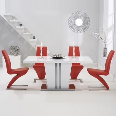 Most Popular Red Gloss Dining Tables Regarding Vegas High Gloss White Dining Table With 6 Harvey Red Chairs (View 4 of 20)