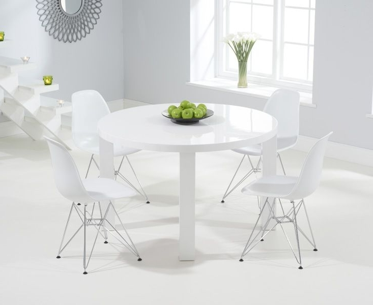 Most Recent Atlanta 120Cm Round White High Gloss Dining Table With Charles Eames Regarding Round High Gloss Dining Tables (View 5 of 20)