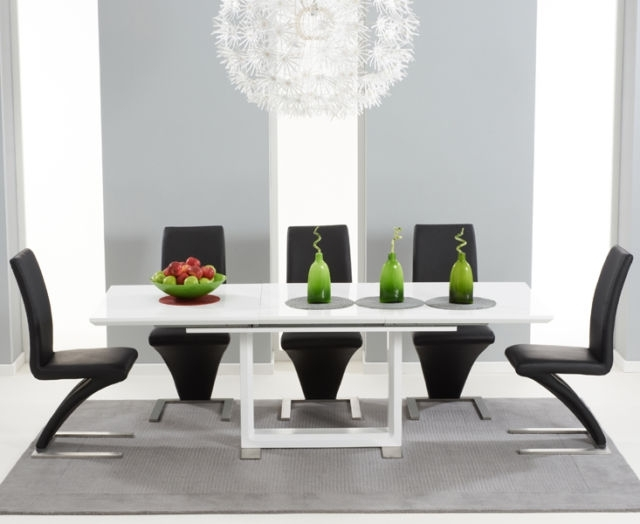 Most Recent Bella 160Cm Extending High Gloss White Dining Table & 8 Black Z In Gloss White Dining Tables And Chairs (View 6 of 20)