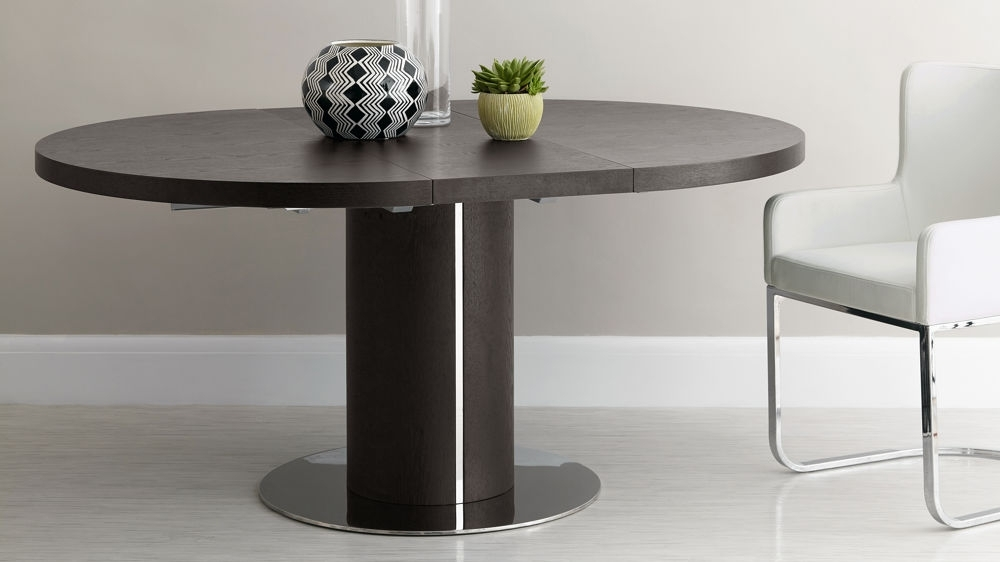 Most Recent White Circular Dining Tables Pertaining To Round Wenge Wood Extending Dining Table (View 11 of 20)