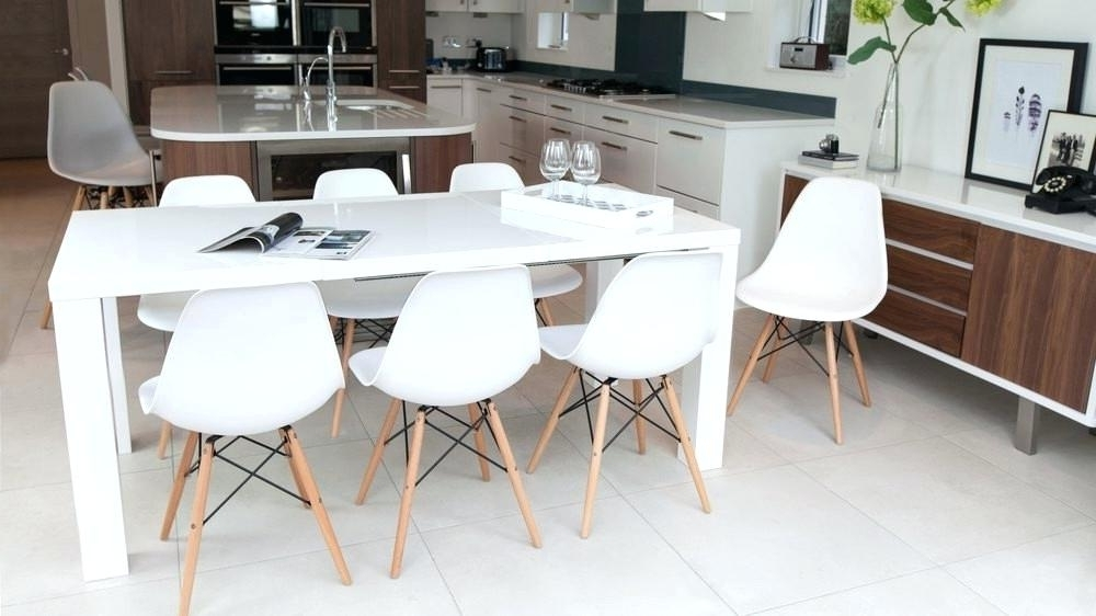 Most Recently Released White Gloss Round Extending Dining Tables Regarding Extending White Dining Table This White Table Has An Extendable (View 16 of 20)