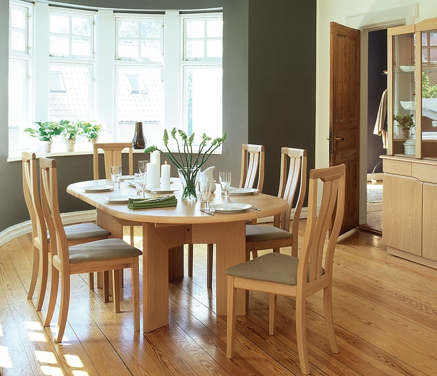 Featured Photo of Beech Dining Tables And Chairs