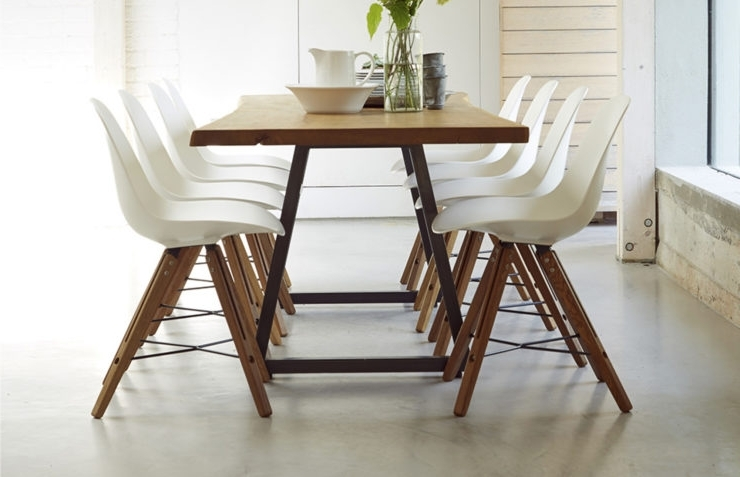 Most Up To Date Dining Tables Set For 8 With  (View 16 of 20)