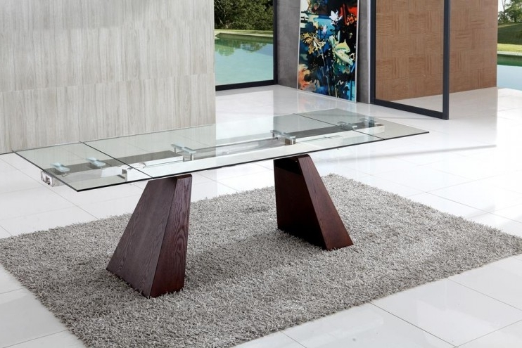 Most Up To Date Extending Glass Dining Tables Regarding Eliot Extending Glass Dining Table (View 14 of 20)